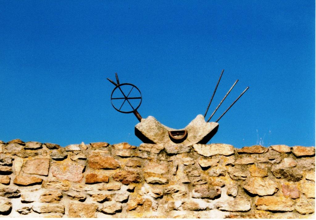 Skulptur Singender Vogel