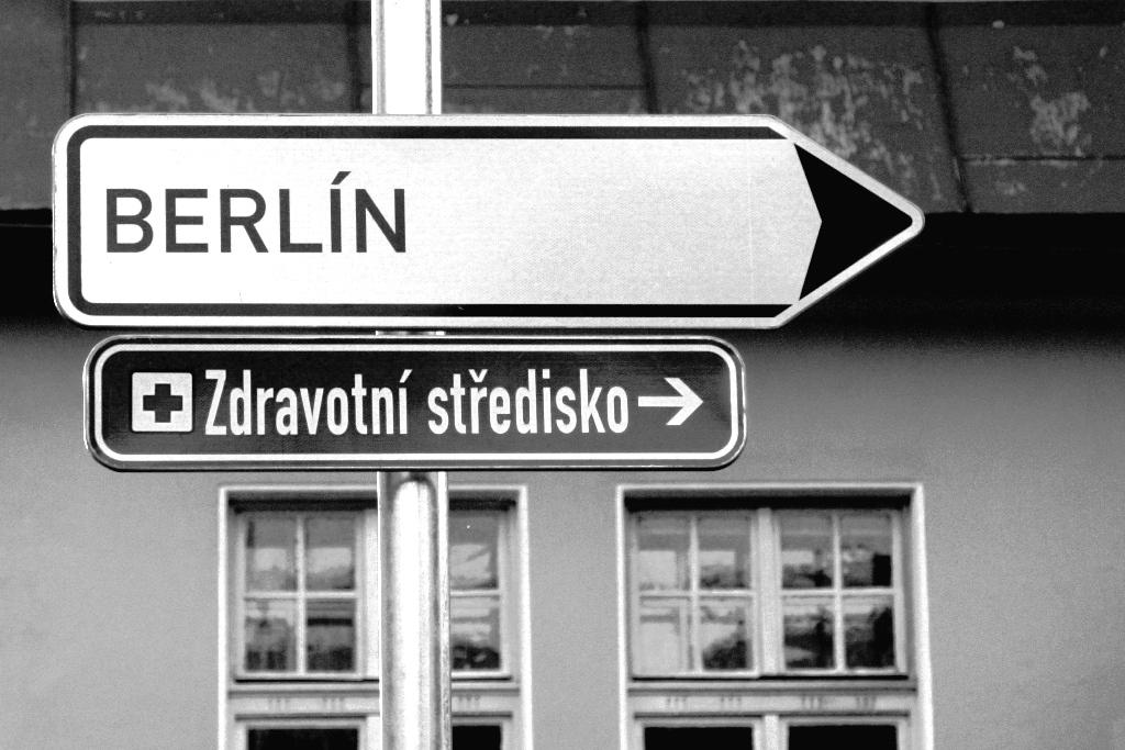 Wegweiser Berlin Tschechien