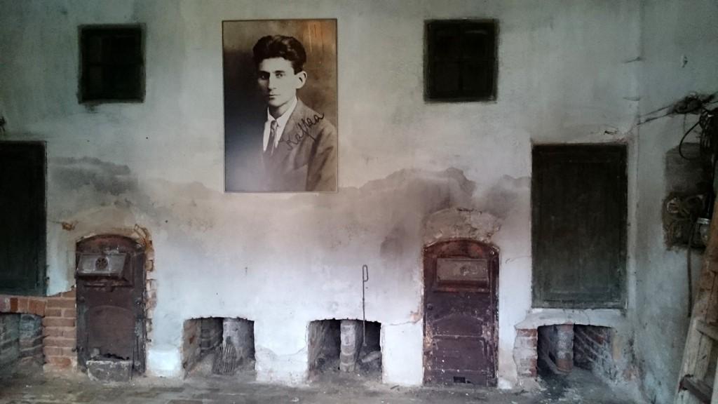 """In diesem alten Hopfenspeicher soll die Ausstellung """"Kafka mach Ferien"""" gezeigt werden."""
